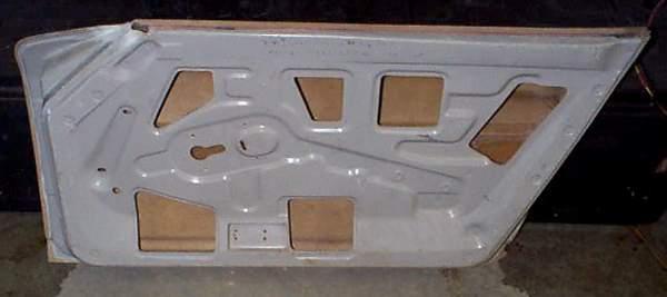 240Z-p-doors-inner.JPG