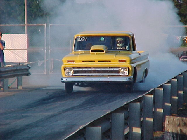 chevpu66jansen_01dragtruck_com.jpg