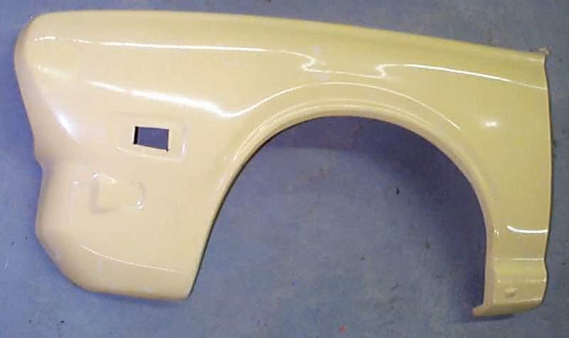 datsun610-fender71-73.JPG